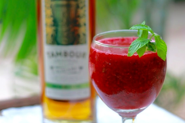 Large_cropped_raspberry-daiquiri