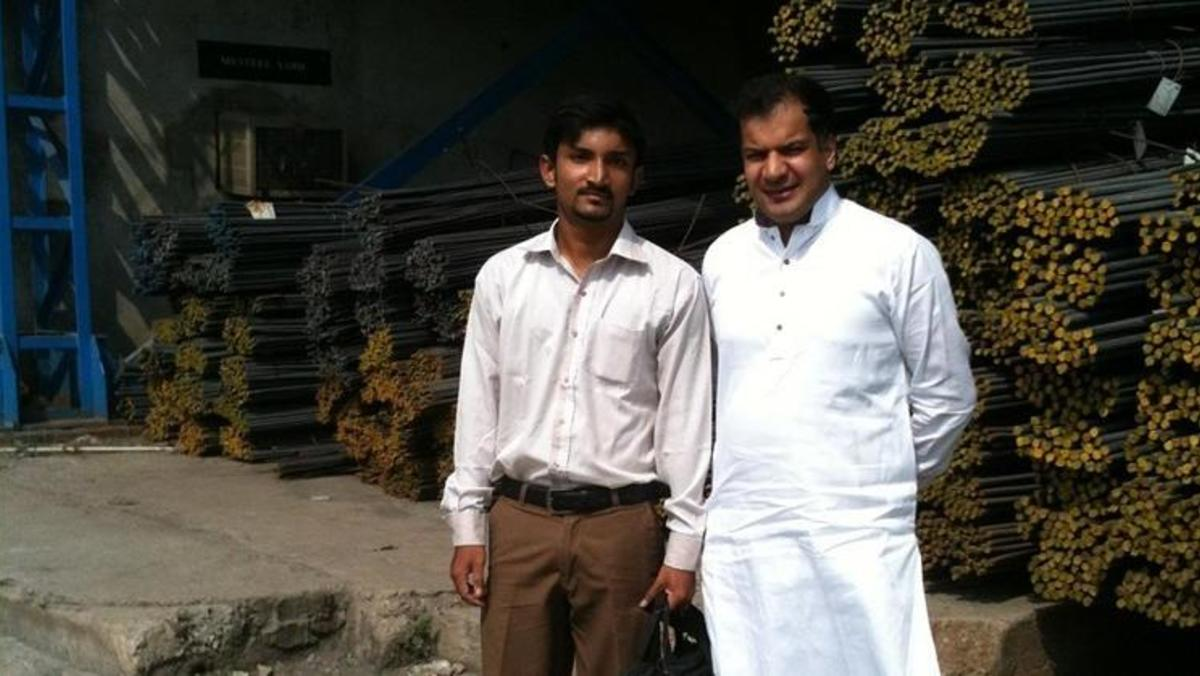 Xl_cropped_with_mr_mohammad_suleman_arif_-_owner_of_potohar_steel