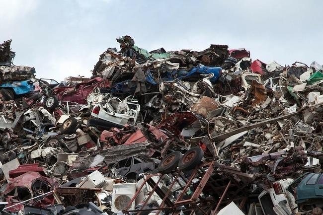 Large_cropped_scrapyard-70908_1280